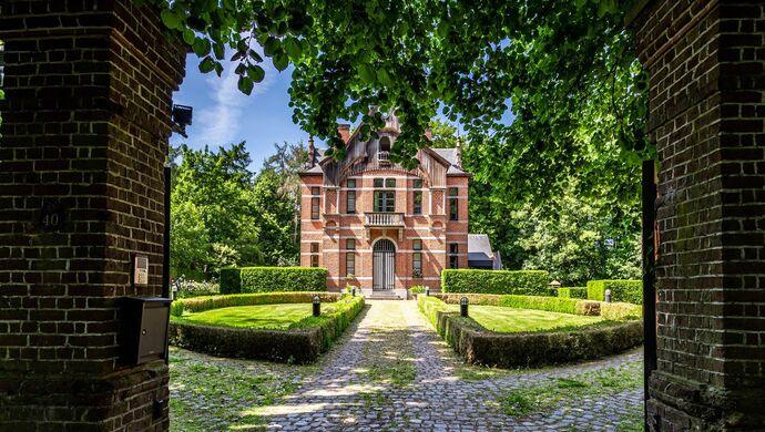 Buitengewoon huis te koop in Torhout
