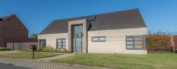 Buitengewoon huis te koop in Hamme